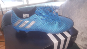 Messi 16.1 soccer shoes size 9 for sale