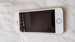 Unlocked iPhone SE 64GB Gold Mint Condition - $350