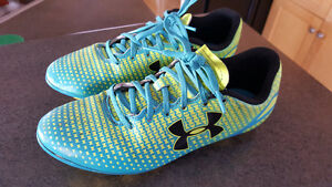 UNDER ARMOUR KIDS' SPEED FORCE HG SOCCER CLEATS SIZE 4