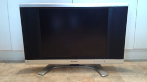 SHARP LCD 20 inch TV with REMOTE Control Windsor Region Ontario image 2