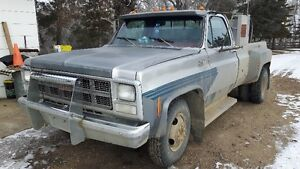 1980 GMC 1 Ton Dually, Camper Special, 2 x Engine's, $5000 obo