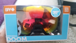 SPY DOOM snowboard goggles!!! Brand new!! 2 lenses.