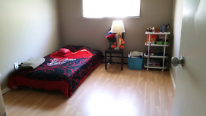 Room for rent downtown cheap available asap female only