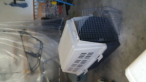Large & medium dog crates