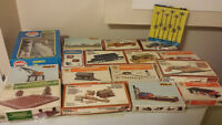 HO model train set and accessories