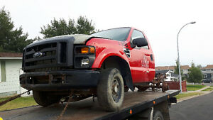 2008 F350 Ford 4x4 for parts.