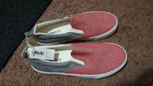 old navy shoes with tag