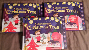 PPU.....Charlie Brown Christmas pop up musical books