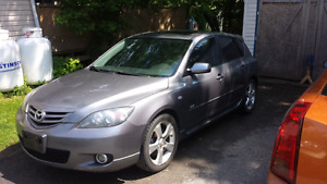 2005 mazda 3      2.3l    5 speed     hatchback