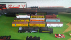 HO scale steam locomotive and freight cars