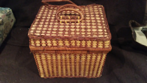 Four Piece Wicker Picnic Basket with Settings