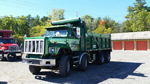 12 Roues Dompeur / 12 Wheeler Dump truck Gatineau Ottawa / Gatineau Area image 2
