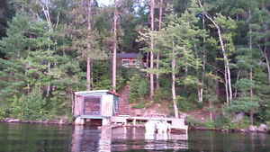 Waterfront Cottage with sunset view Mazinaw Lake