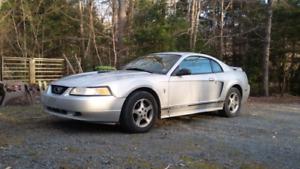 2000 Ford Mustang V6