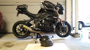 2012 Speed Triple with extras