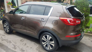 2013 Kia Sportage EX 2WD Finance take over or buy out!