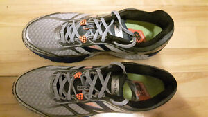 Chaussures courses h neuves (10.5) New Balance M running shoes