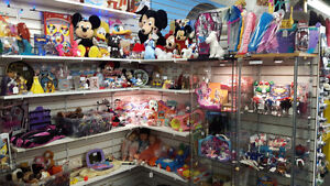 TOYS AND COLLECTIBLES CHRISTMAS SHOPPING!!!