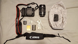 Canon EOS 70D with tripod and travel case