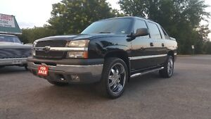 Chevrolet Avalanche 4X4 Pickup  *** LOADED 22 INCH WHEELS $10995