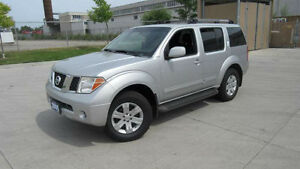 2005 Nissan Pathfinder LE, 7 Pass,Leather,roof, 3/Y warranty ava
