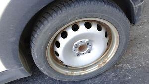 4 Winter Tires with rims (used on Mini Cooper) /4 Pneus d'Hiver