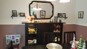 Dining Room Table with 6 Chairs, Hutch and Mirror