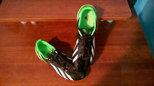 Adidas f50 f10 soccer/ultimate frisbee shoes