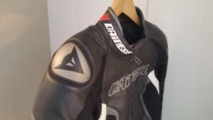 Dainese Racing D1 Ladies Leather Jacket Perforated