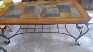 Coffe table and two end table