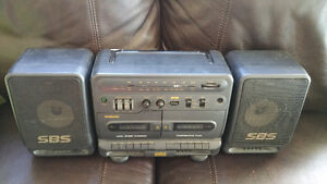 PORTABLE RADIO/TWIN TAPE PLAYER RARE VINTAGE SAMSUNG PD-650C West Island Greater Montréal image 5