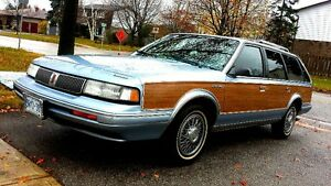MINT 95 Oldsmobile Cutlass Woody Wagon ONLY 120km!!!