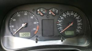 2005 VW Golf 4 Door *SELLING AS IS*