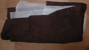 11 pillowcases, bed skirts (twin, double) $2 ea, twin duvet $10 Kitchener / Waterloo Kitchener Area image 5
