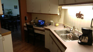 Fully Furnished 2 Bedroom Condo For Rent - Moose Jaw Moose Jaw Regina Area image 5