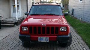 1999 Jeep Cherokee Sport  (2 door)