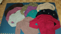 10 TOPS, SIZE MED/LARGE, 10$ THE LOT