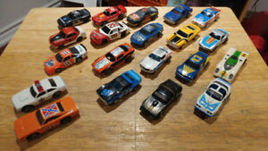 AFX COLLECTION. 20 CARS PLUS DUKES OF HAZZARD
