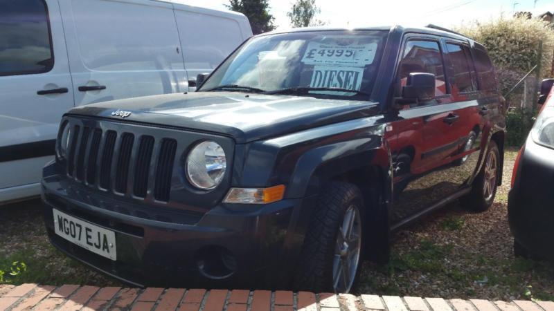 jeep patriot 2 0crd sport new mot fsh low miles 4x4 tow. Black Bedroom Furniture Sets. Home Design Ideas