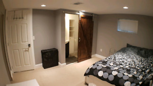 Fully furnished with ensuite bathroom. Utilities, Wi-Fi included