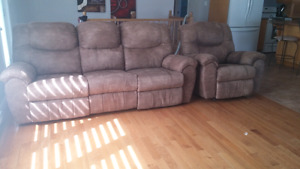 Sofa et chaise inclinable