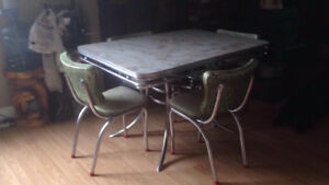 RETRO 1958 KITCHEN TABLE & CHAIRS