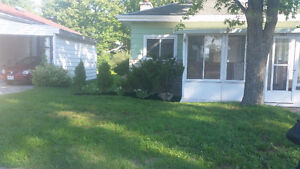 Newly Renovated 3 BR - MAIN