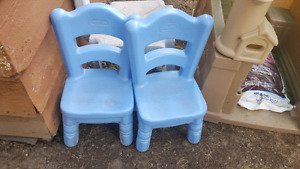 Little Tikes blue chairs $10