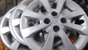 4 enjoliveurs de roues original kia 15 pouces