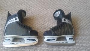 Youth Hockey Skates. Size 11J