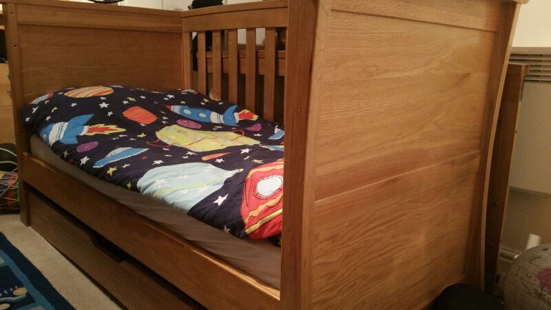 reserved mamas and papas ocean cot bed and dresser
