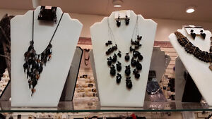 Brand Name Exquisite Fashion Jewelry
