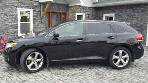 2009 Toyota Venza V6, AWD, SUV, Crossover, fully loaded +