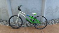 BMX BIKE / BICYCLE